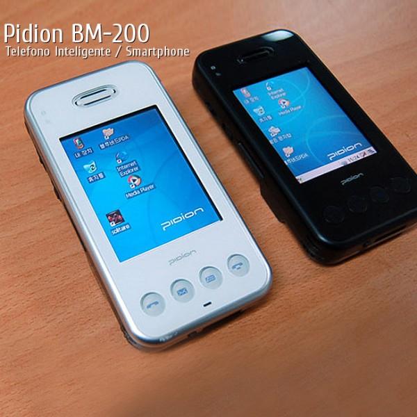 Teléfono Inteligente Pidion BM-200